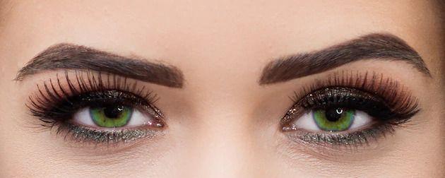 ojos ahumados verdes