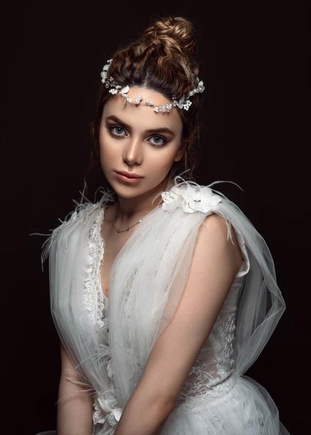 maquillaje y peinado novia moderna